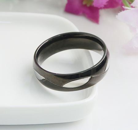 Steel color leaf black ring
