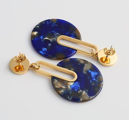 Fan-shaped acrylic earrings