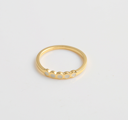 Wavy stainless steel ring