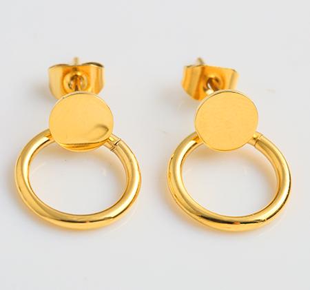 Mini stainless steel round earrings