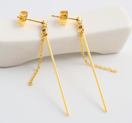 Stainless steel fringed stud earrings