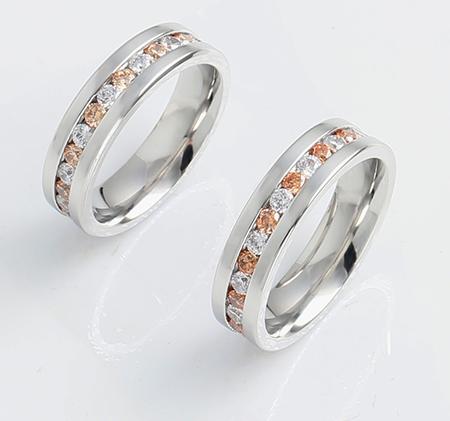 Couple diamond-studded titanium steel ring